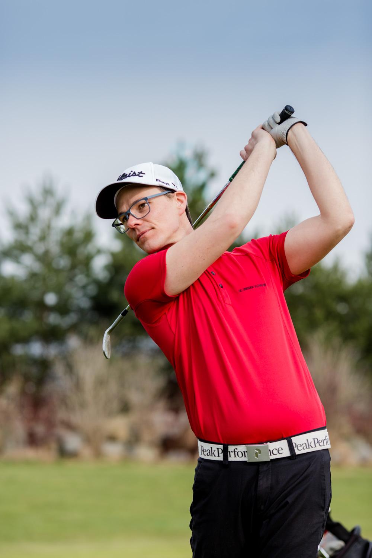 Imagebild Golfspieler für Golfmagazin