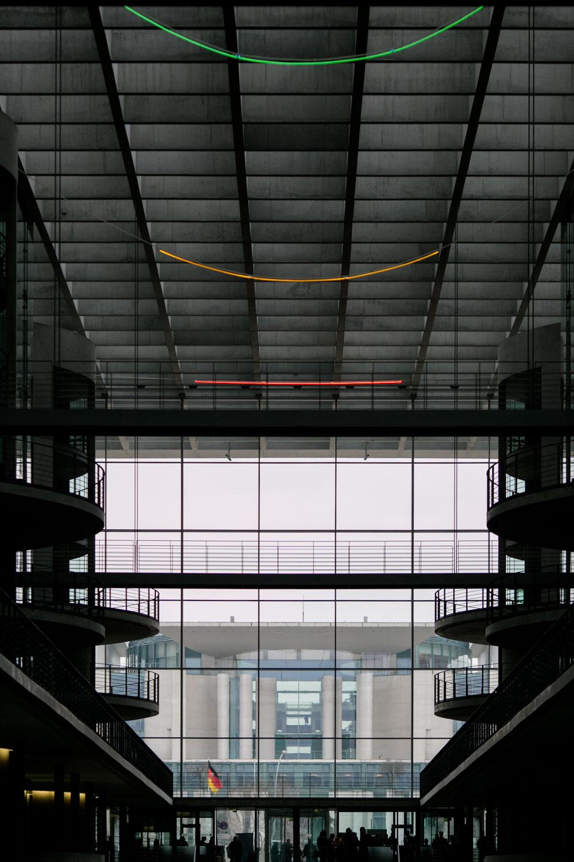 Bundeskanzleramt und Paul-Löbe-Haus im Bundestag in Berlin