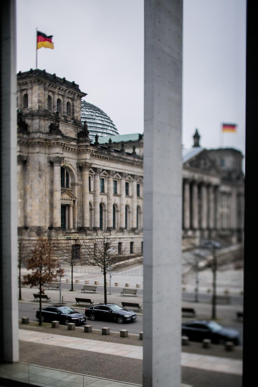 Reichstag vom Paul-Löbe-Haus aus gesehen