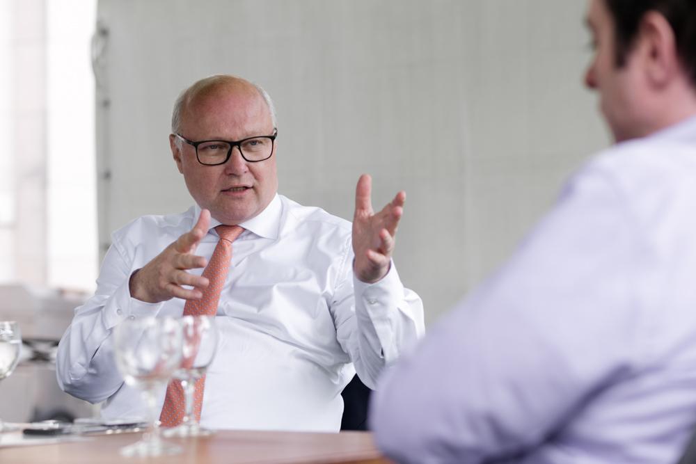 Verhandlungsexperte Friedhelm Wachs im Gespräch
