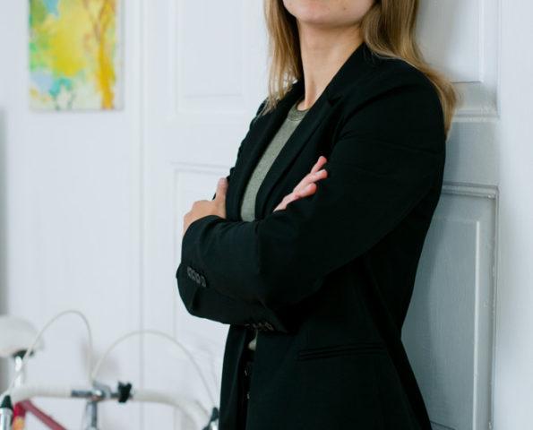 Businessportrait einer Anwältin in Dresden